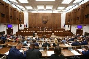 Atmosféra v pléne počas rokovania 11. schôdze Národnej rady SR. Bratislava, 2. september 2020.