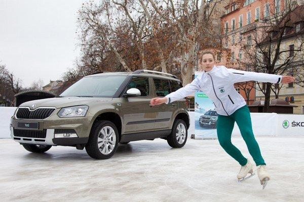 Hoci zastúpenie Škody plánuje snehovú premiéru modelu v lyžiarskych strediskách, jediným miestom, kde sa Yeti dostal na ľad, bola ľadová plocha na Hviezdoslavovom námestí v Bratislave.