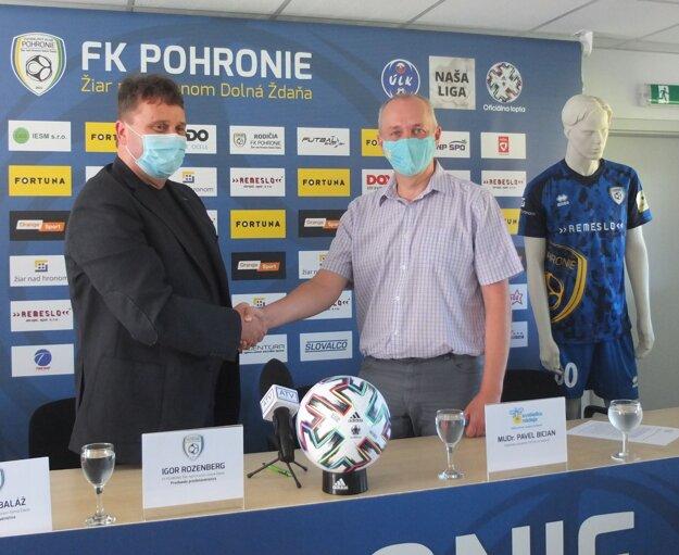 Futbalový klub Pohronie bude pomáhať vážne chorým deťom a ich rodinám.