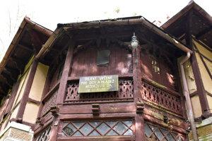 Kúpeľný dom Pionier je jedinou pamiatkovo chránenou nehnuteľnosťou.
