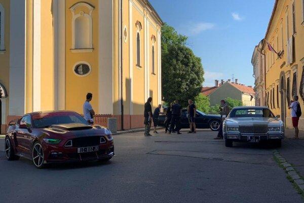 Natáčanie prebiehalo aj v centre Lučenca.