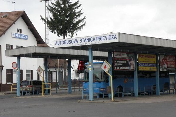 Autobusová stanica v Prievidzi.