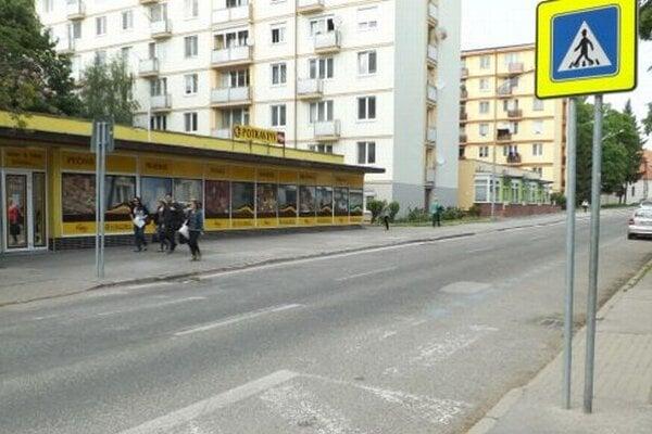 Miznúci priechod pre chodcov na Párovskej ulici.