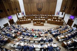 Rokovanie Národnej rady SR.