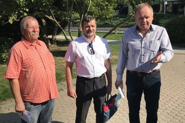 Zľava Pavol Kreitler, Jozef Želinský a Jozef Balica.