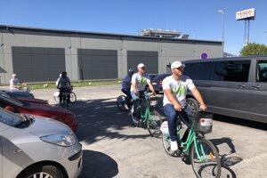 Medzi najobsadzovanejšie aktivity patrili tie, ktoré sa týkali prírody a zelene. Dobrovoľníci v Prievidzi zvolili na presun zdieľané bicykle.