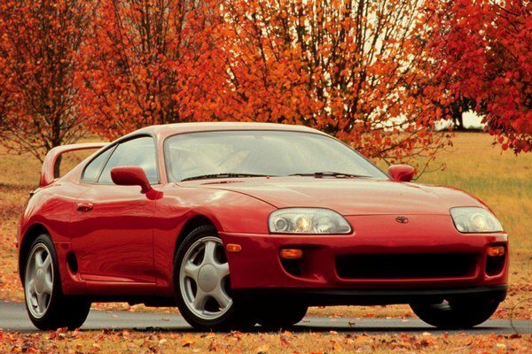 Toyota vyrábala model Supra s takouto vizážou od roku 1992. Prvé vozidlo s označením Supra sa však na trhu objavilo už v roku 1978.