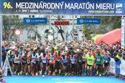 Na štart košického maratónu sa tohto roku postaví o poznanie menej bežcov ako po minulé roky.