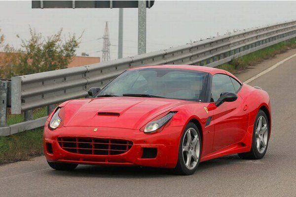 Ferrari spustilo výrobu Californie v roku 2008. Začiatkom tohto roku oznámilo jeho modernizáciu, ktorá by mala zahŕňať odľahčenie vozidla a ladenie, alebo zmenu motora.