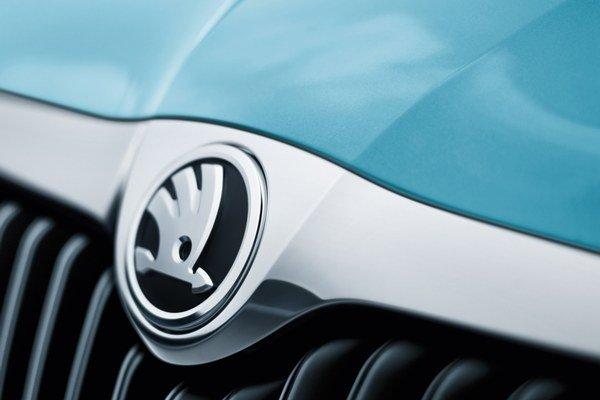 Nové logo značky je umiestnené na niekoľkých miestach na vozidle i v interiéri a aj na kľúčoch k vozidlu.