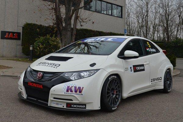 Honda vlani splnila svoj prvý cieľ, keď sa na posledných pretekoch sezóny v Macau ukázala na štarte ale získala aj prvé  umiestnenie na stupňoch víťazov. V roku 2013 plní ďalší cieľ poskytnutia pretekárskeho náčinia súkromným tímom.