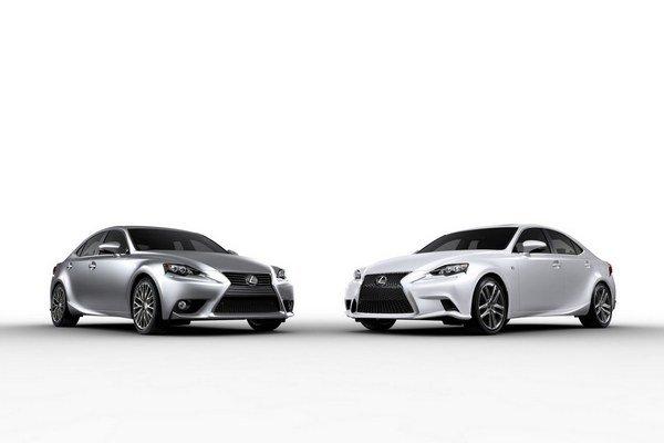 Modelový rad IS automobilky Lexus bude opäť o čosi viac orientovaný na športovajšiu jazdu. Verzia 300h však nezaostáva ani za ekologickými požiadavkami.