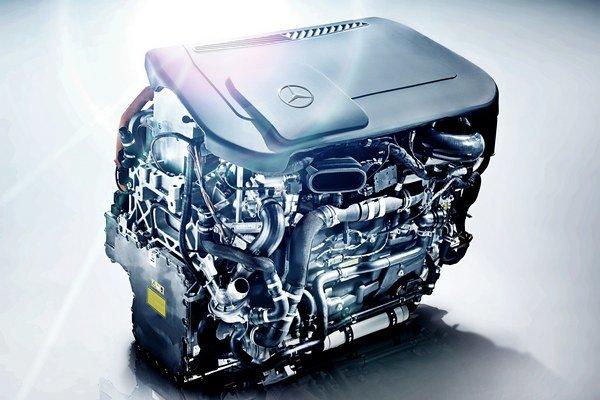 Člen predstavenstva spoločnosti Daimler profesor Thomas Weber je presvedčený, že autá na palivový článok hrajú centrálnu rolu v mobilite budúcnosti bez emisií.