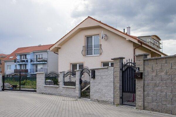 Kým sa dotácie na zatepľovanie rodinných domov na Slovensku ujali, chvíľu to trvalo. Dnes je o ne veľký záujem.