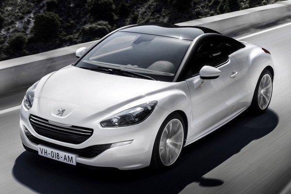 Od začiatku februára je v predaji Peugeot RCZ so zmeneným dizajnom a pár vylepšeniami. Verzia RCZ R sa na trhu objaví v priebehu leta.