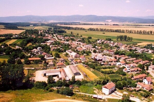 Obec Janík.