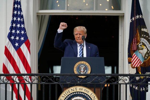 Trump absolvoval prvé verejné vystúpenie od pozitívneho testu na COVID-19.
