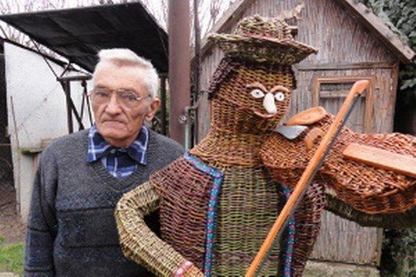 Ján Cigánik so svojím huslistom.