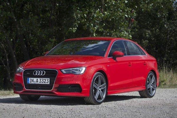 Audi A3 sedan patrí do kompaktnej triedy, ktorá má dnes rozmery prvej generácie Audi A4 spred 20 rokov.