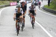 Wilco Kelderman (vpravo) je najväčším favoritom na víťazstvo na Giro d'Italia 2020.