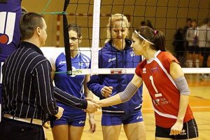 Po 70 minútach si víťazstvo 3:0 odniesli hostky, vedené kapitánkou Kuciakovou.