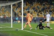 Alvaro Morata dáva gól v zápase Dynamo Kyjev - Juventus Turín, Liga majstrov.