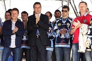 Hokejisti získali historické striebro, rozhodol až siedmy zápas.