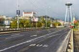 Čiastočný lockdown vyprázdnil ulice aj centrum Bratislavy