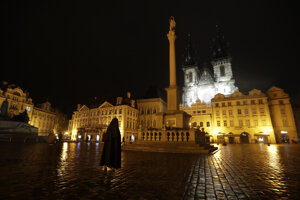 V Česku bude od stredy pre zhoršujúcu sa situáciu v súvislosti s koronavírusom platiť nočný zákaz vychádzania.