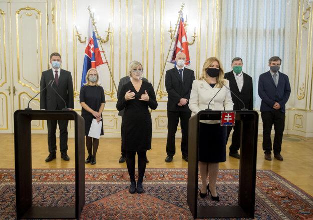 V Prezidentskom paláci sa uskutočnila tlačová konferencia prezidentky SR Zuzany Čaputovej po rokovaní s expertmi v súvislosti s aktuálnou pandemickou situáciou a celoplošným testovaním.