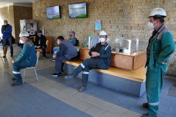 Testovanie v hutníckej fabrike OFZ v Širokej.