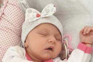 Alexandra Roháčová (3100 g a 49 cm) sa narodila 4. októbra rodičom Andrei Kundakerovej a Gustávovi Roháčovi z Kalnej nad Hronom.