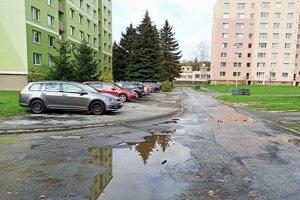 Jedna z ulíc, ktorá sa dočkala opravy.