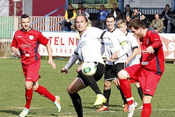 ČFK Nitra viedol nad Šuranmi 1:0, ale prehral 1:2.