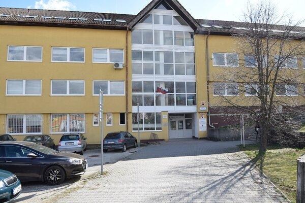 Okresný úrad v Hlohovci.