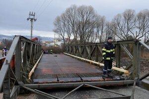 Dočasný  most z Lopušnej doliny zmizne.