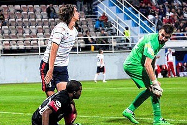 V závere zápasu s Trenčínom šiel na hrot z lavičky obranca Mujkoš a práve on mal veľkú šancu na vyrovnanie.