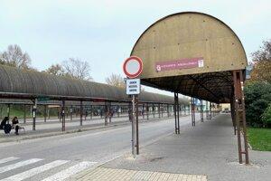 Rekonštrukcia autobusovej stanice v Komárne prebehne na tri etapy.
