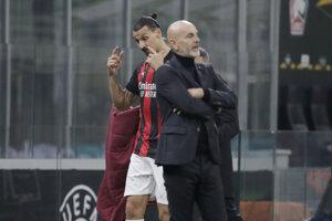 Stefano Pioli na lavičke AC Miláno.