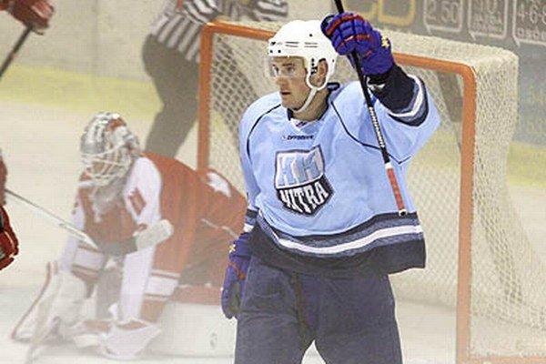 Nová tvár v príprave hokejistov Radoslav Illo vyrovnával na 1:1.