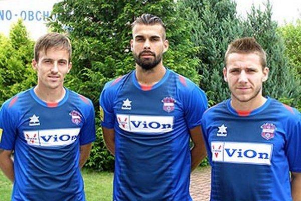 Tri nové tváre v Zlatých Moravciach - zľava Branislav Stanič, Patrik Gregora a Tomáš Mikinič.
