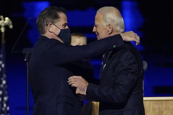 Joe Biden so svojím synom Hunterom.