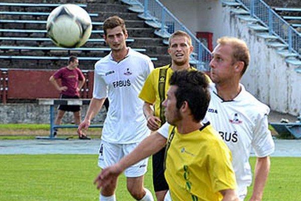 Futbalisti Nededu remizovali v Považskej Bystrici, kde nastúpili proti Borčiciam.