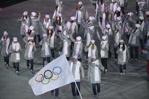 Olympijskí športovci z Ruska počas otváracieho ceremoniálu ZOH 2018.