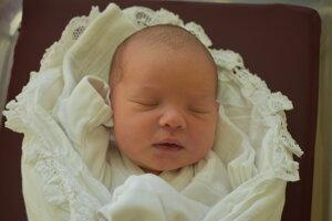 Ella Vargová (3330 g, 47 cm) sa narodila 5. decembra Miriame a Lukášovi z Trenčianskych Teplíc.