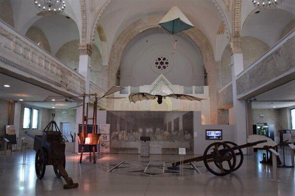 ilustračné foto - Výstava Stroje Leonarda da Vinci v synagóge.