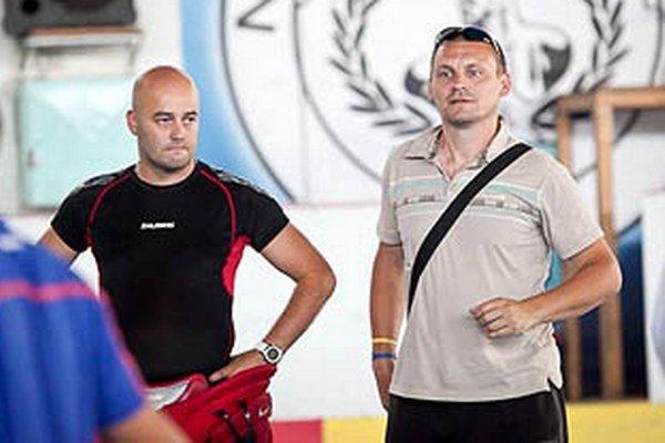 Manažér Stanislav Petrík a jeden z trénerov Viliam Somolányi.