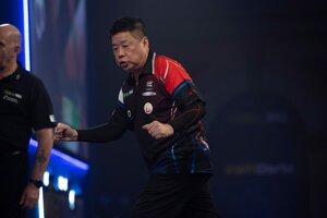 Singapursky šípkar Paul Lim.