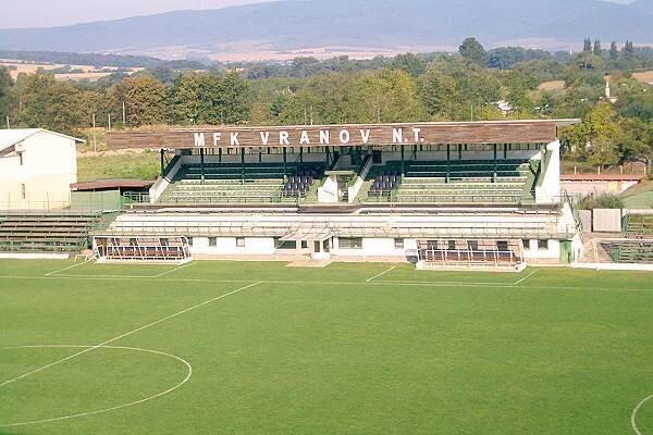 Vranovský štadión.