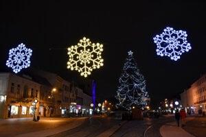 Vianočná Hlavná ulica v Košiciach.